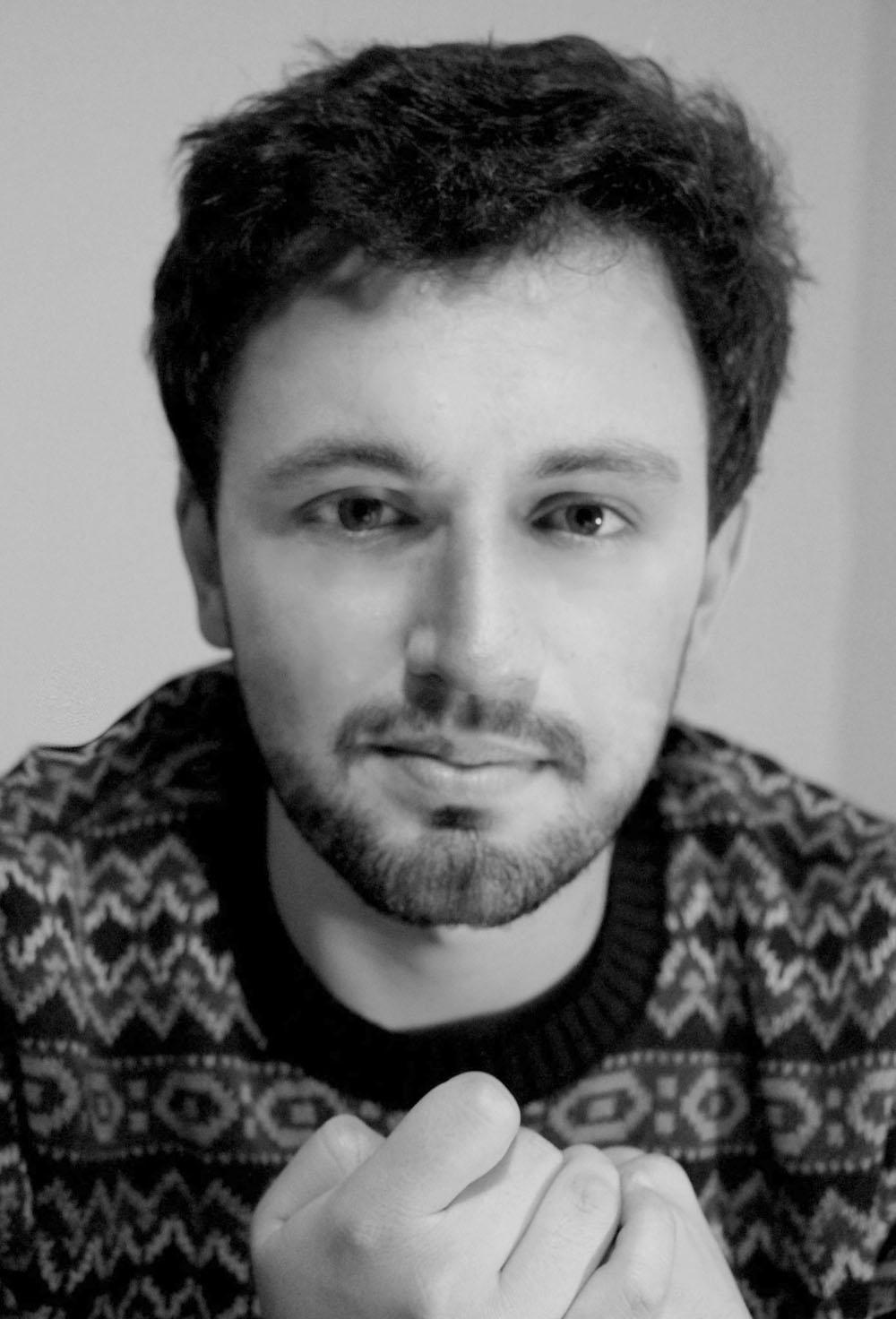 Na página oficial do livro no Facebook, Matheus Lara confirmou assinatura do contrato com Arte Editora para publicação de coletânea de contos