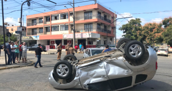 Acidente causa transtorno no trânsito no Centro de São Mateus do Sul