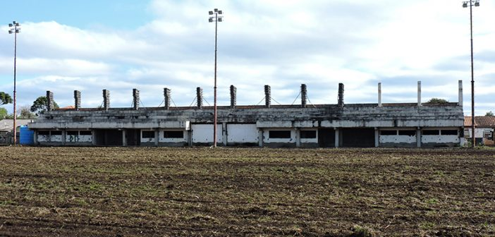 Estádio Municipal Olívio Wolff do Amaral dá sinais de vida