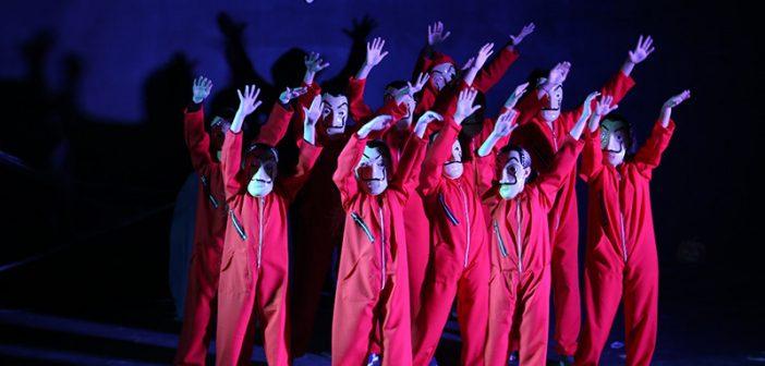 Halloween da Família Adams agitou o cenário cultural são-mateuense com as alunas da Manu Studio Pilates e Dança