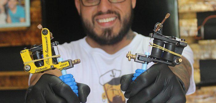 Levando a arte para a pele das pessoas: a história do tatuador Valmir Rosa